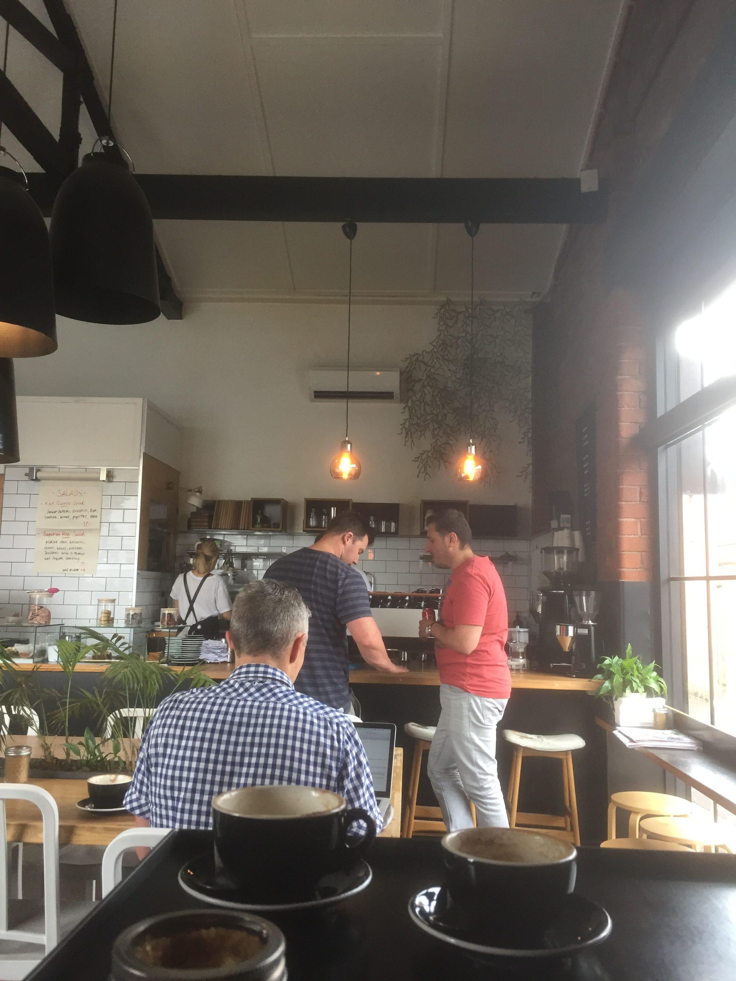 ジーロング カフェ